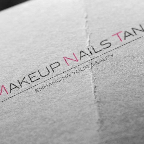 Makeup Nails Tan-logo